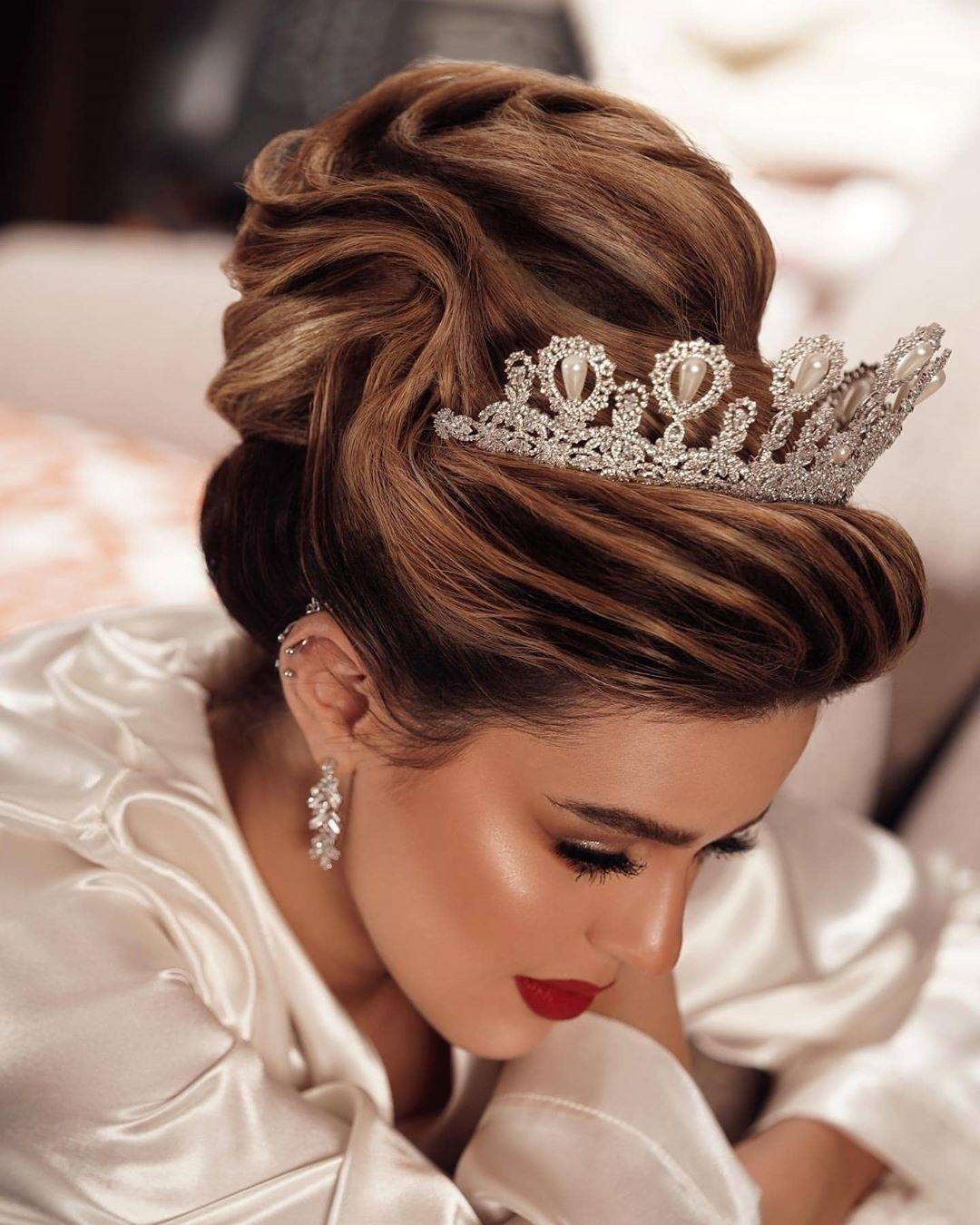 chignon mariée mi-hauteur | long hair styles, wedding