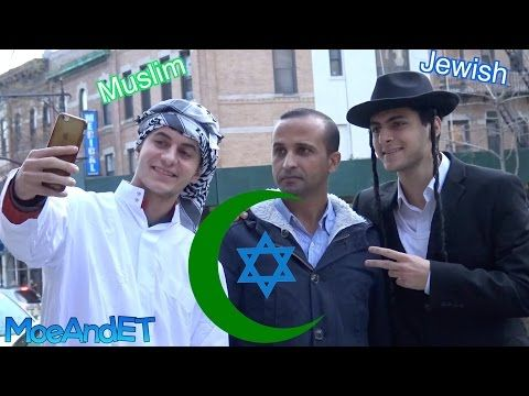 Hoe reageren voorbijgangers op jood en moslim die samen op straat lopen? (Video) - Wereld - Knack.be