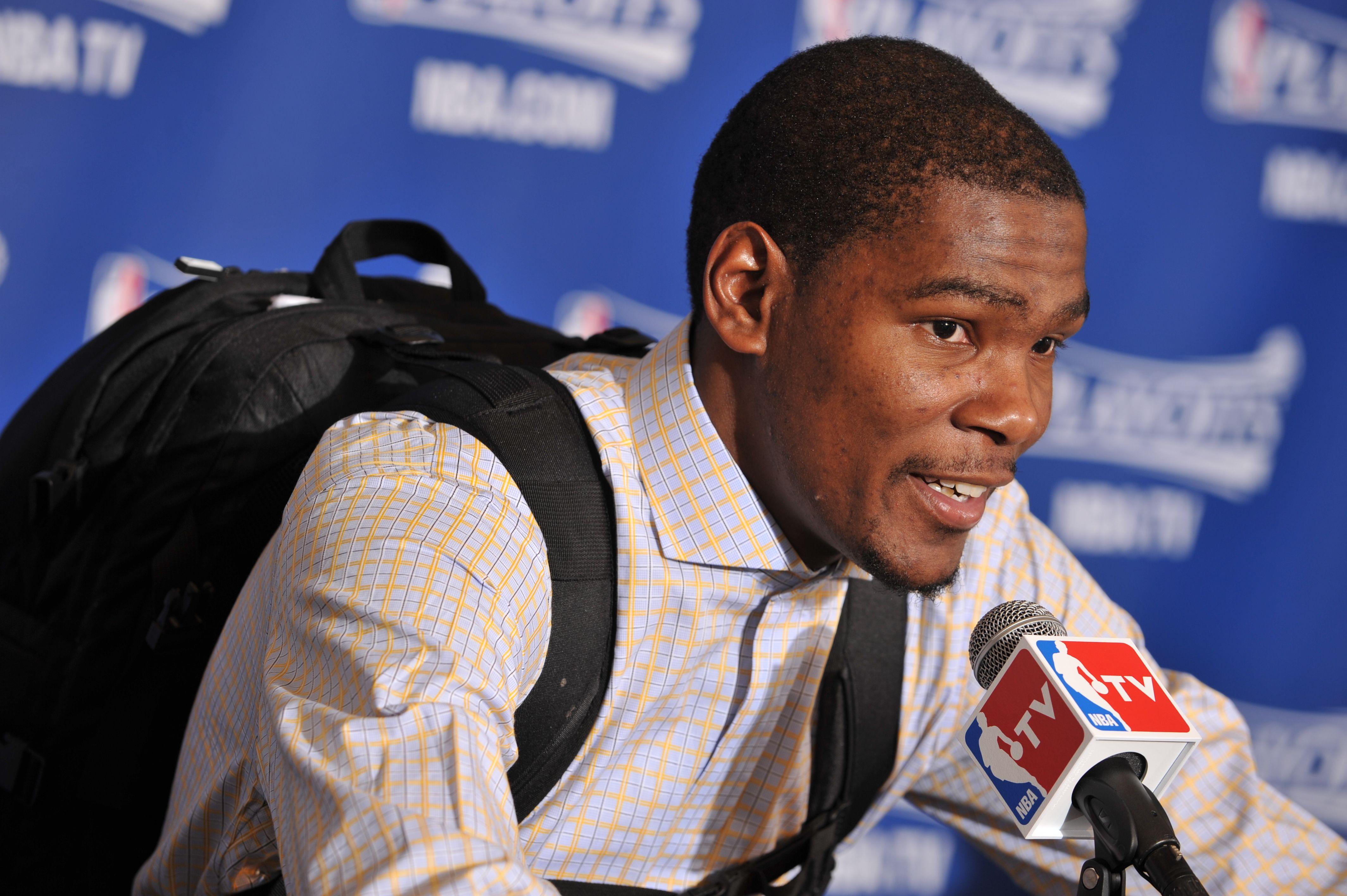 Kevin Durant, backpack, Oklahoma City Thunder Kevin durant