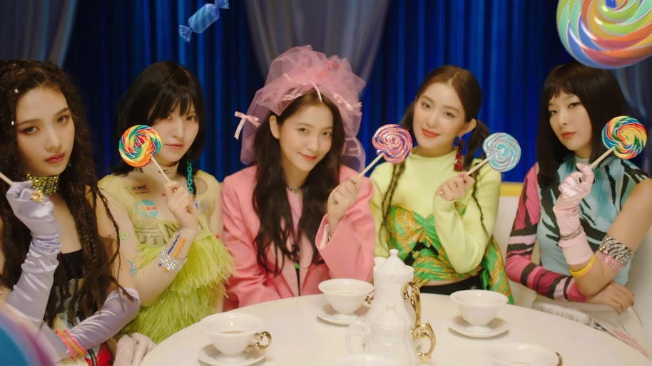 Red Velvet Zimzalabim Joy Wendy Yeri Irene Seulgi 4k 112 Wallpaper For Desktop Laptop Imac Macbook Pc Tablet A Red Velvet Velvet Wallpaper Seulgi