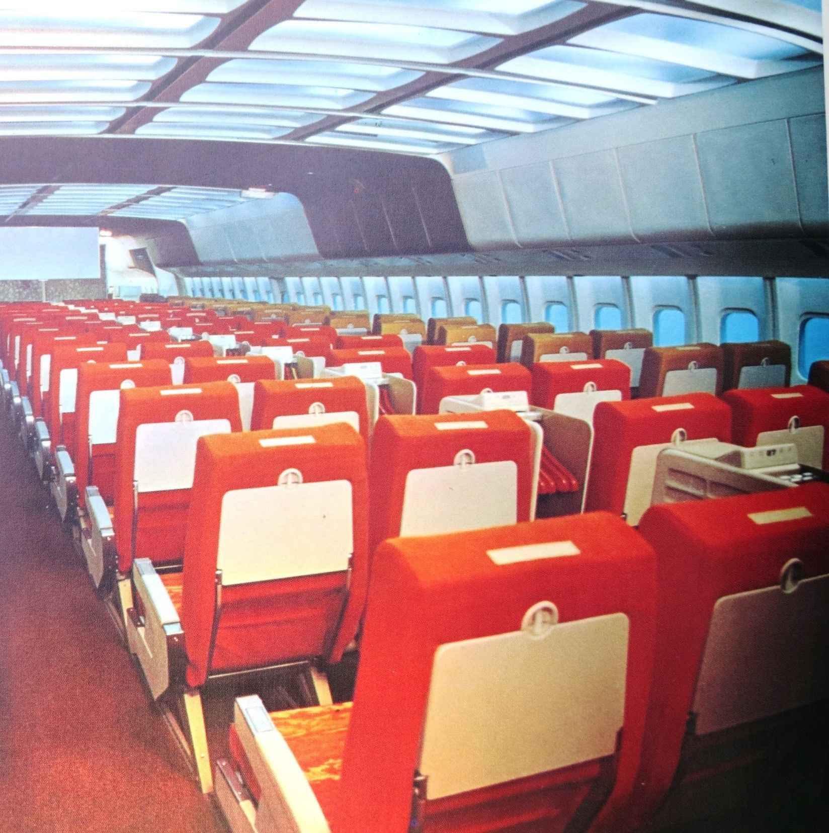 Cutaway of a pan am boeing 377 stratocruiser image from chris sloan - Lockheed Tristar Interior