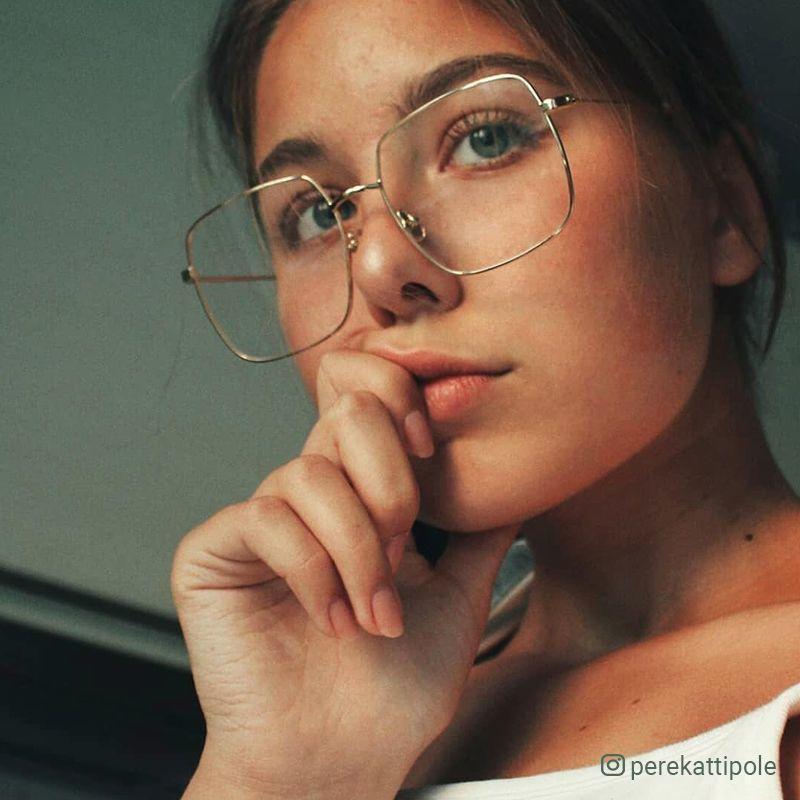 Photo of Sterre eyeglasses in Gold Color | Optical | TIJN Eyewear – Shop Prescription Eyeglasses & Blue Light Filter Glasses Online