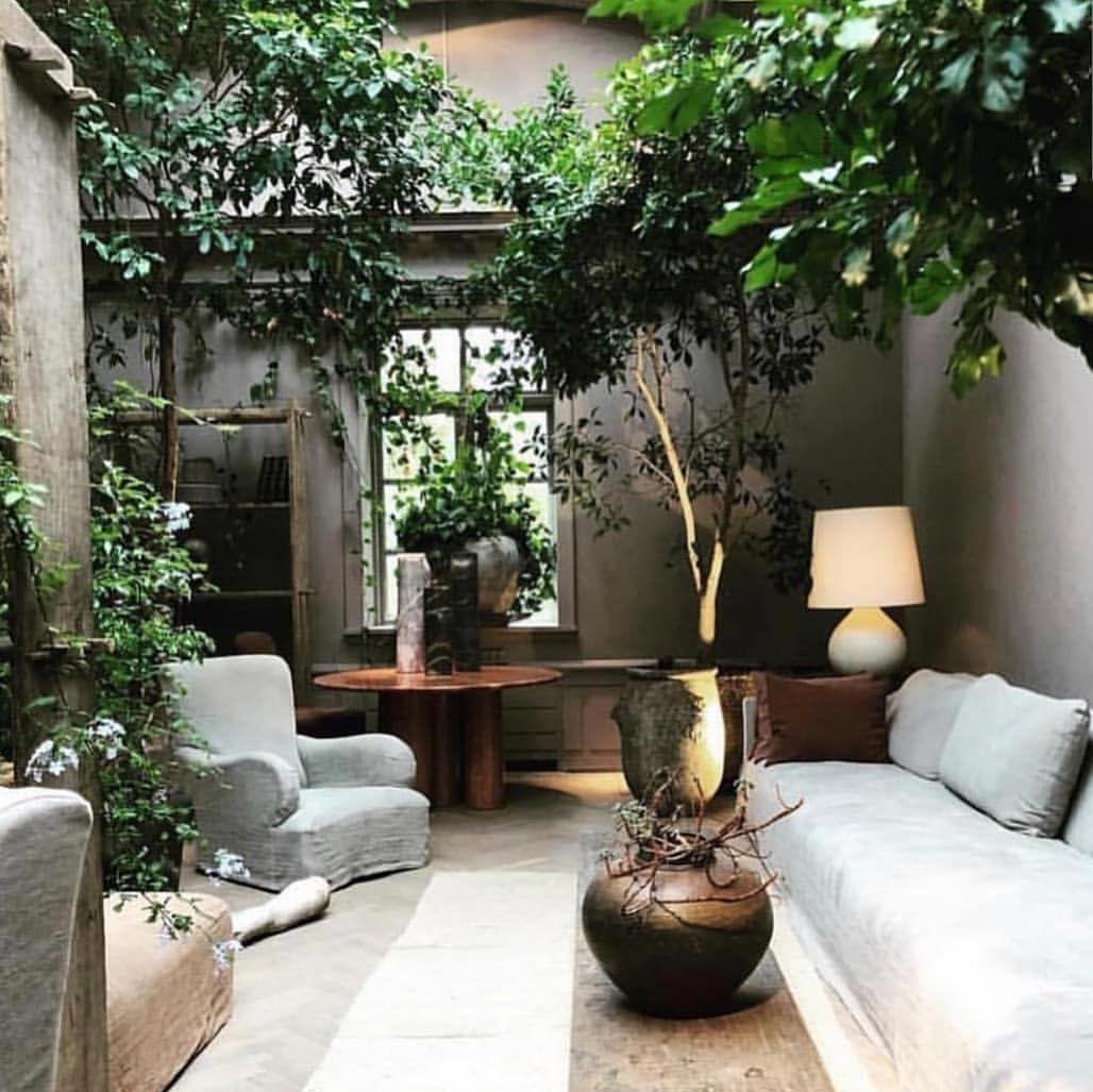 Voici Un Magnifique Salon De Jardin Qui Donne La Nostalgie Des