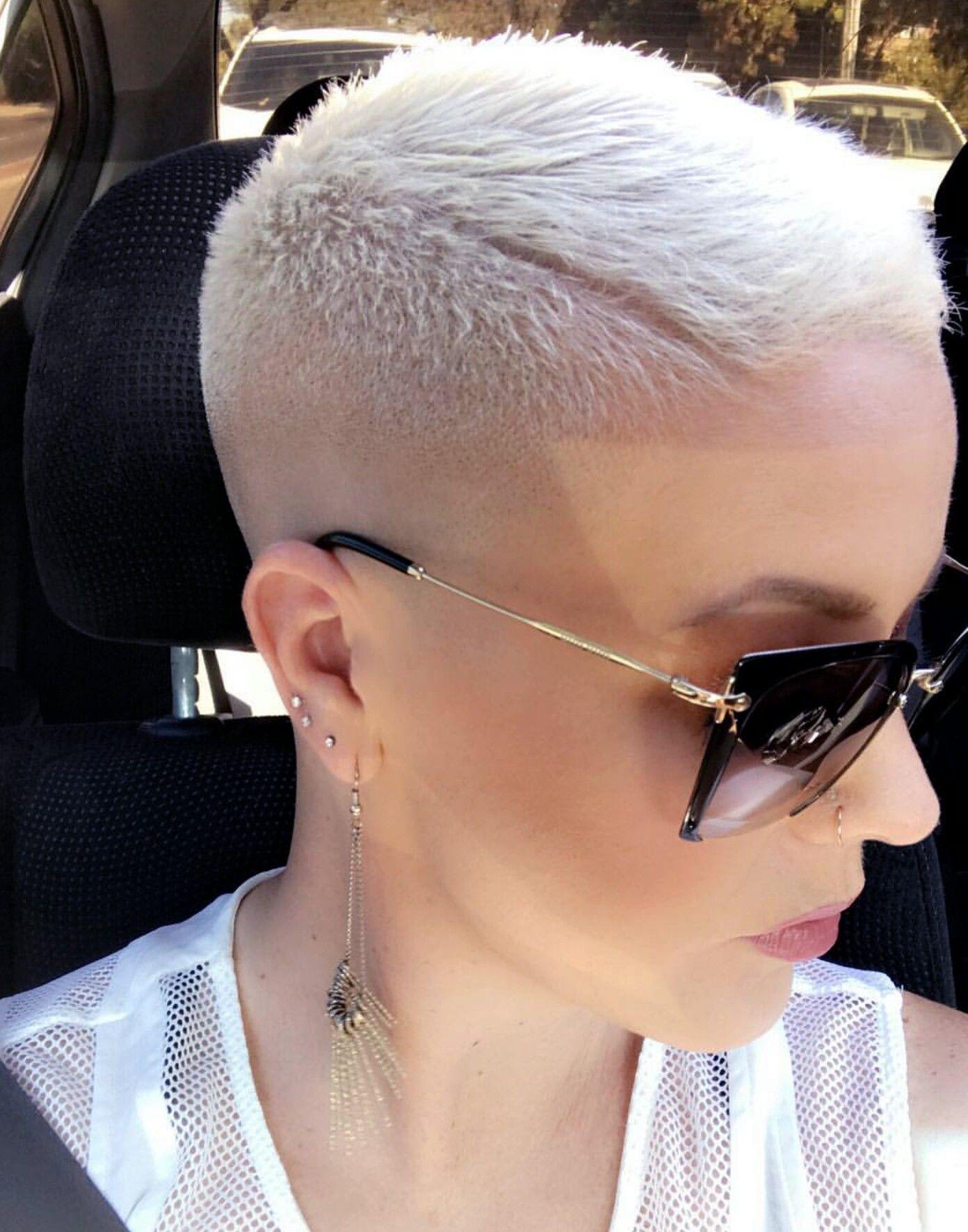 Pin by juliëtte looije on kapsels pinterest short hair shorts