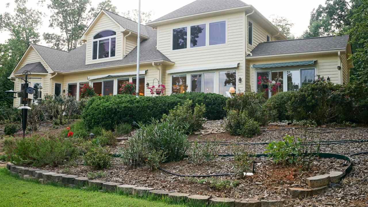 waterfront homes for sale in pickens county sc