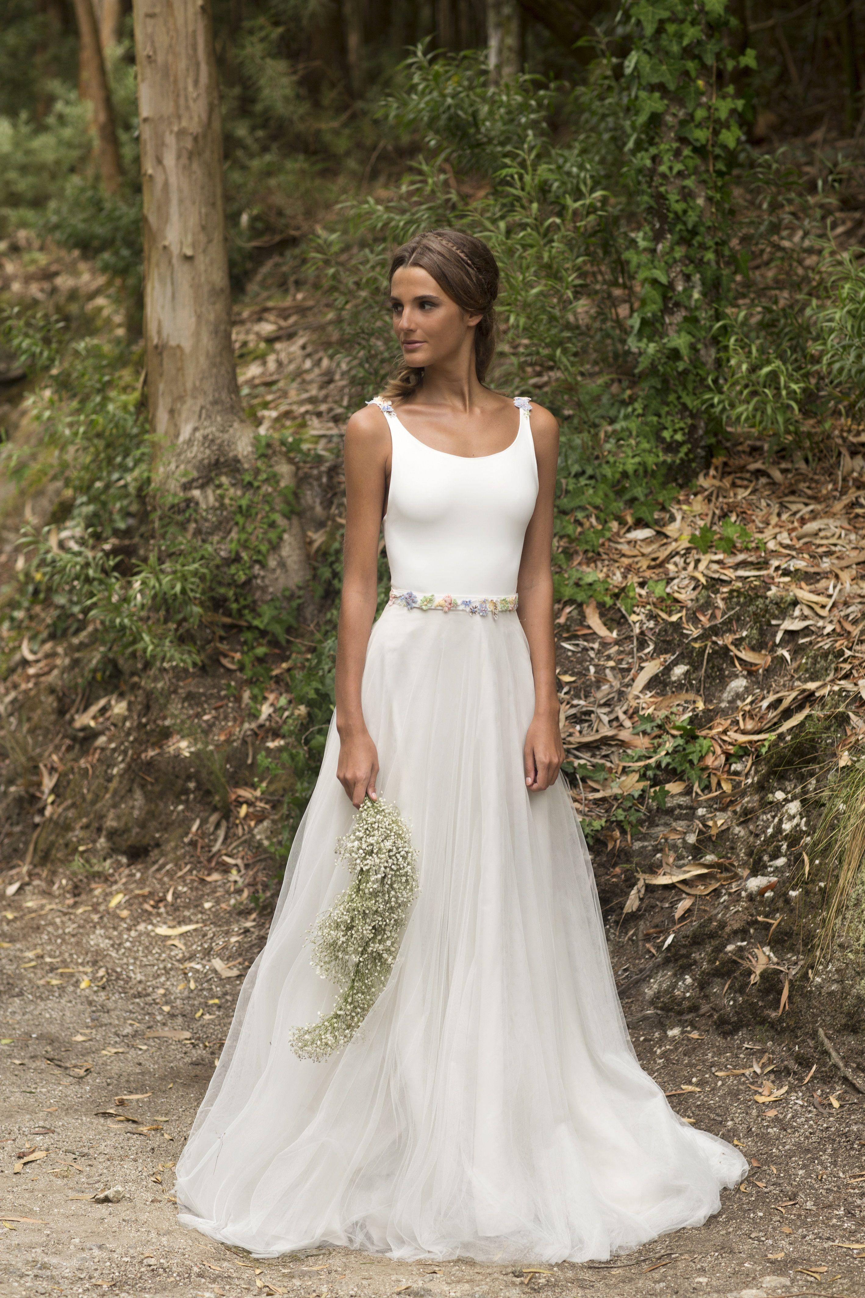 187560442 Vestido de novia Area. Vestido de dos piezas