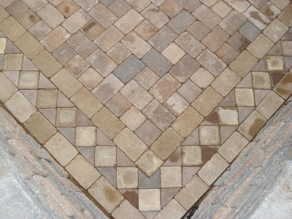 Stone Pavers Designs | ... Paver Pattern Close Up View Of In