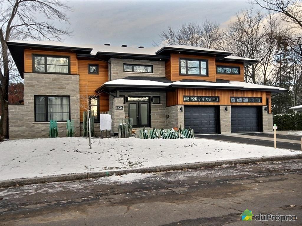 Superbe Maison Familiale Avec Piscine Et Jacuzzi A Vendre A Sillery Quebec Home House Styles House