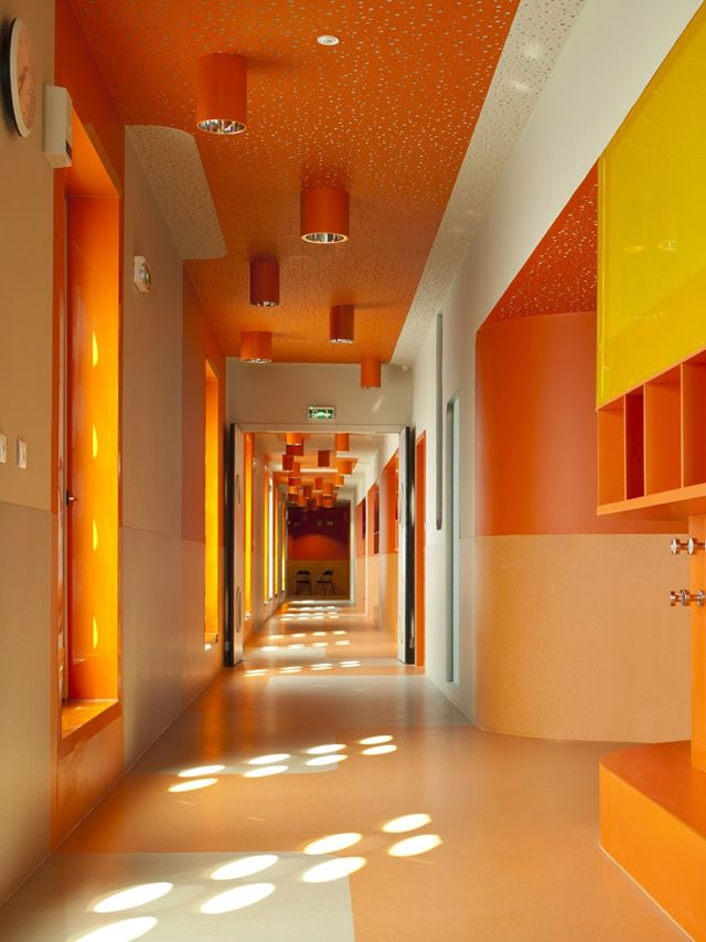 L cole polyvalente claude bernard primary school paris interior decorating pinterest for Interior design schools in oklahoma