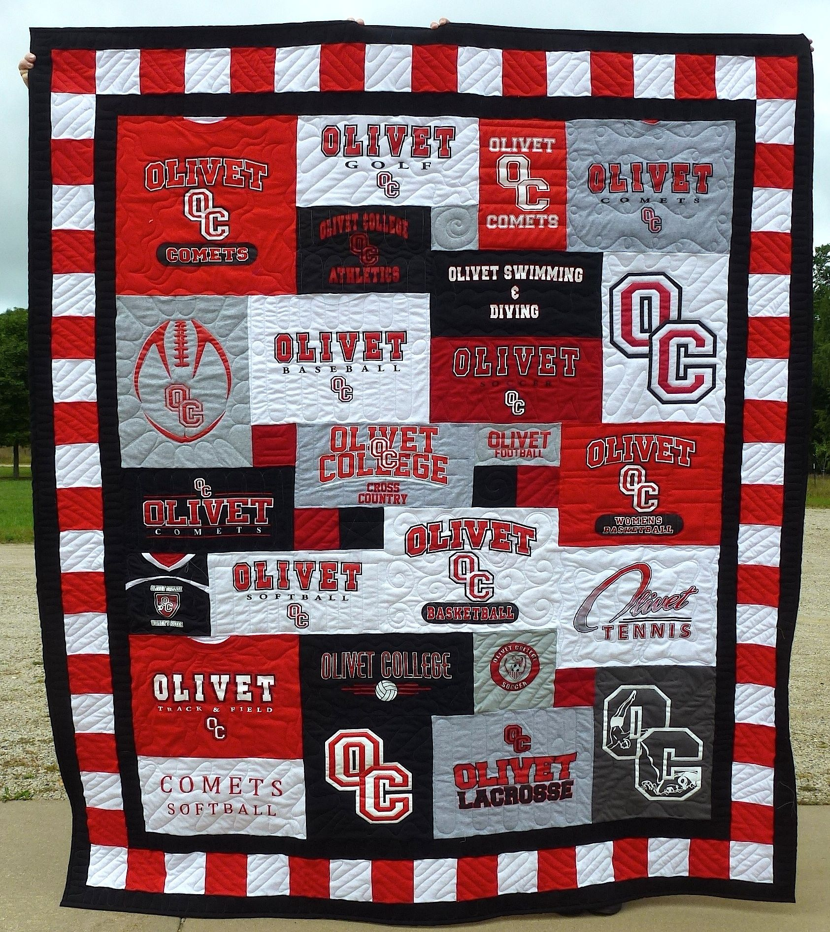 I like the mismatched pattern and border around the edges. Also ... : college quilt patterns - Adamdwight.com
