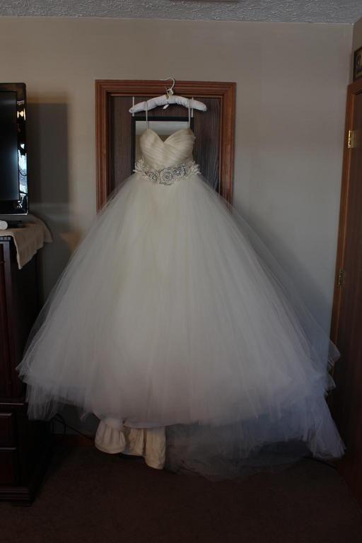 Lazaro 3108 Wedding Dress Used Size 20 2 000 Wedding