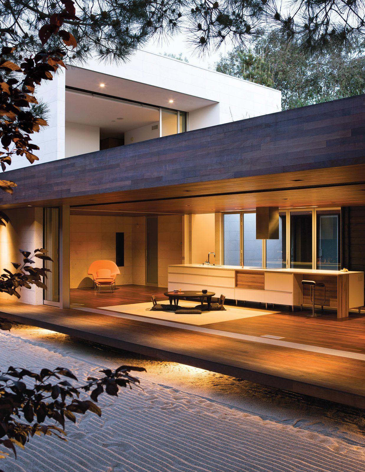 An Atypical Modern Home In Southern California Veranda
