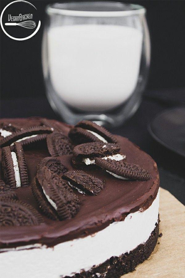 Vegan oreo cake -  Vegan Oreo cake: I've always wanted an Oreo in huge and I was finally able to fu