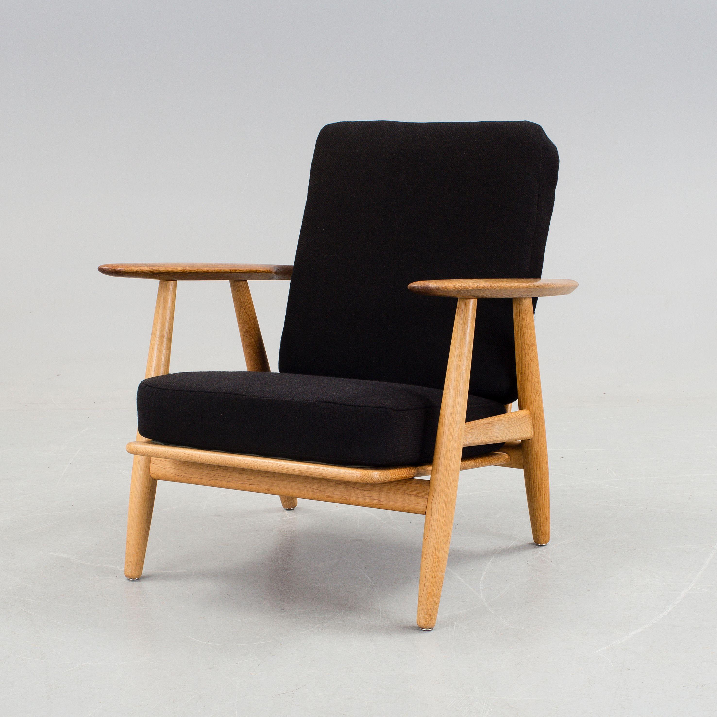 A vintage armchair GE 240 / Cigarren by Hans J Wegner