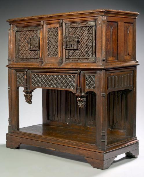dressoir moyen age recherche google art medieval pinterest bois de ch ne fer forg et. Black Bedroom Furniture Sets. Home Design Ideas
