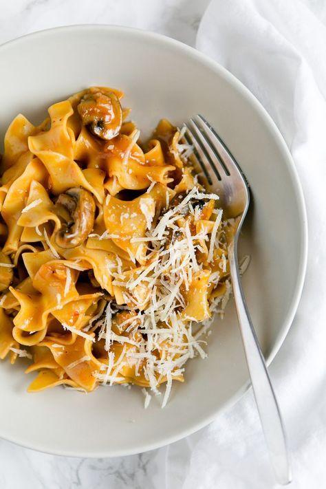 Pasta mit Champignons und Rotwein-Tomatensauce - Futter für die Seele #herbstgerichte