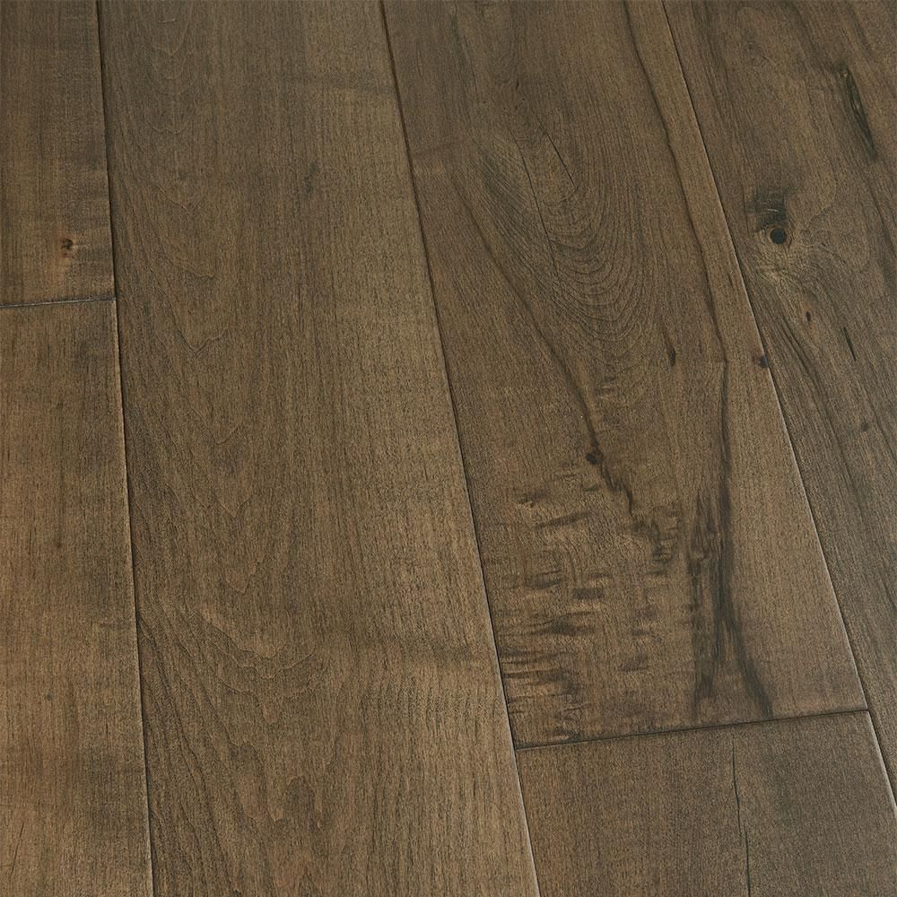 Malibu Wide Plank Maple Cardiff 1 2 In Thick X 7 1 2 In Wide X Varying Length Engineered Hardwood Flooring 23 31 Sq Ft Case Hdmptg046ef Wide Plank Hardwood Floors Engineered Hardwood Flooring Wood Floors Wide Plank