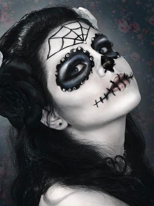 maquillage halloween strass