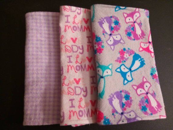 """Baby flannel Burp Cloths HANDMADE set of 2 /""""I love Mommy Daddy/"""" Pink"""