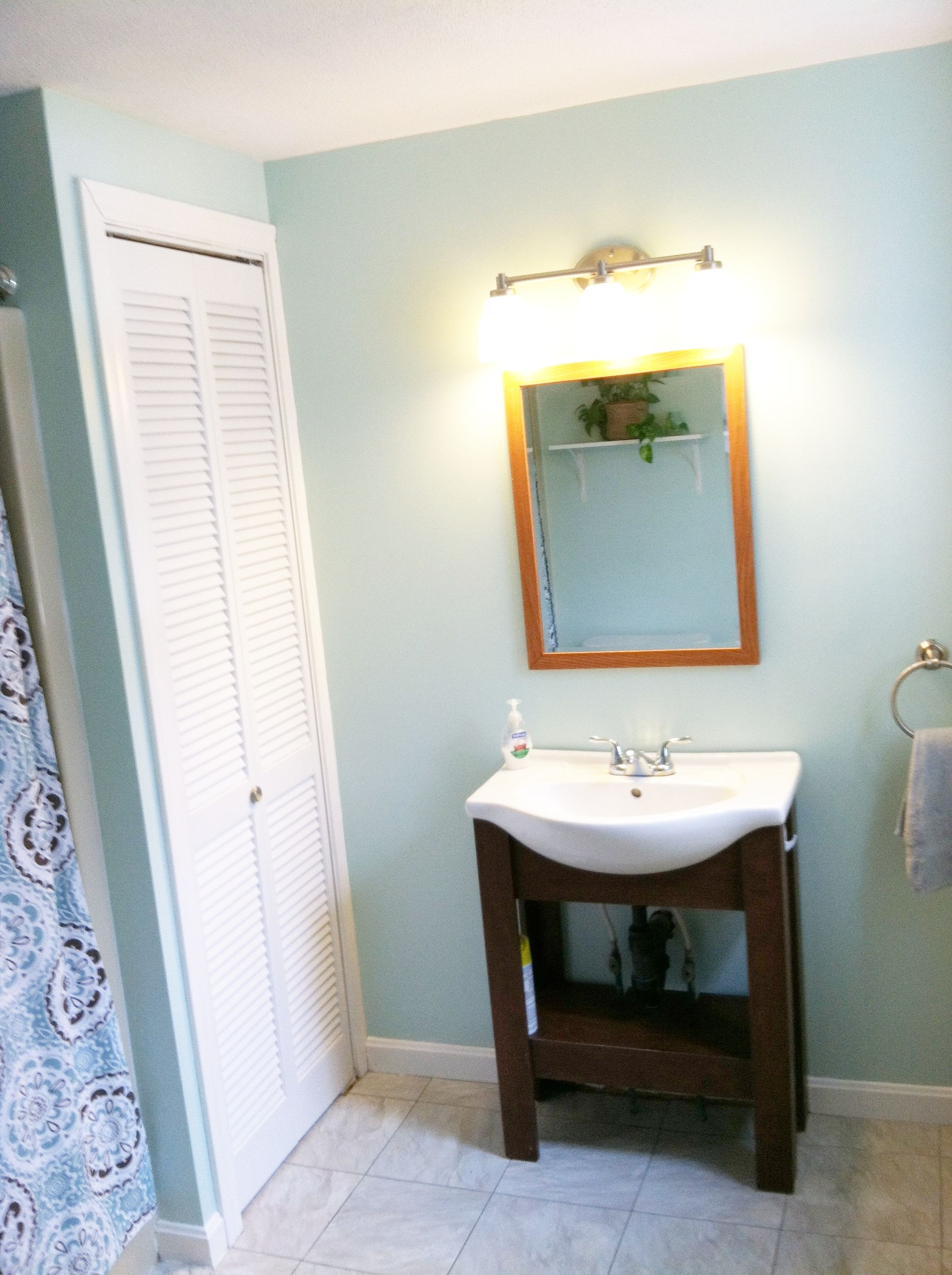 Lowes Paint Colors For Bedrooms Valspar Smooth Pebble From Lowes For The Home Pinterest