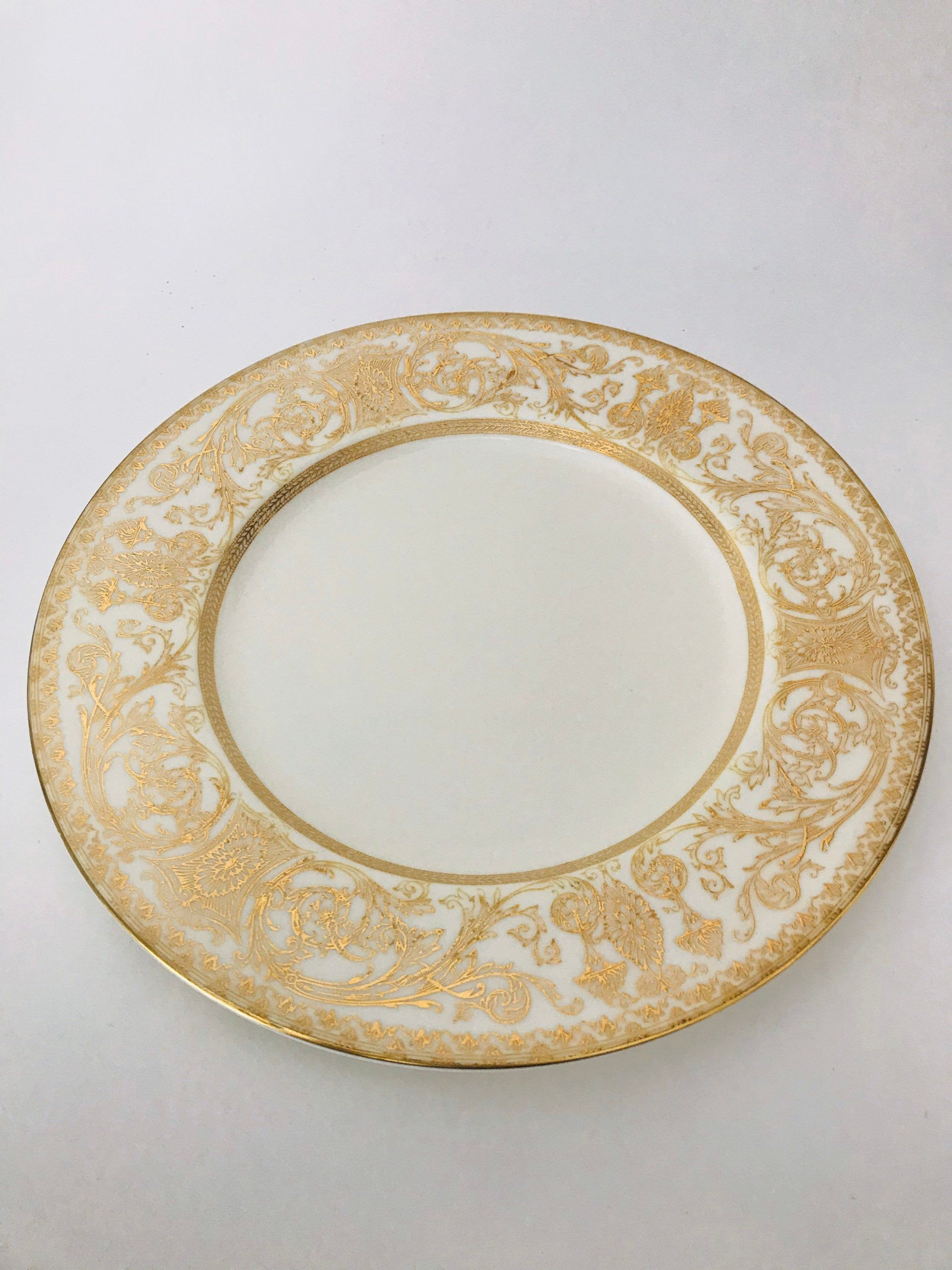 Royal Worcester Embassy Gold And White Dinner Plate 10 3 8 Gold Embossed Gold Filigree 1960s White Dinner Plates Plates Gold Filigree White and gold dinner plates