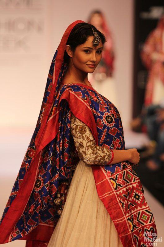 Gaurang S Patan Patola Collection At Lakme Fashion Week Lakme Fashion Week Fashion Fashion Week