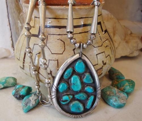 Vtg-ZUNI-FRED-BOWANNIE-OLD-HANDMADE-TURQUOISE-CLUSTER-STERLING-BEAD-NECKLACE