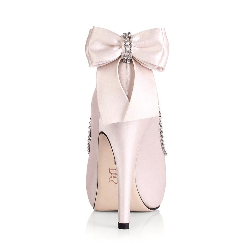 1000  images about Pink Shoes! on Pinterest | Runners, Flats and ...