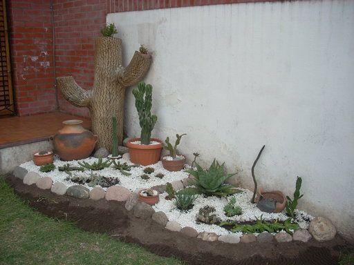 Decoraci n de jardines con cactus en los espacios al aire - Jardines con cactus y piedras ...