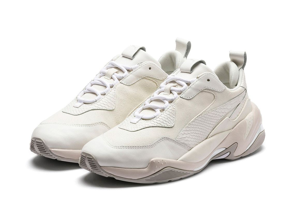 Puma Thunder Desert First Look | Anziehsachen | White puma shoes ...