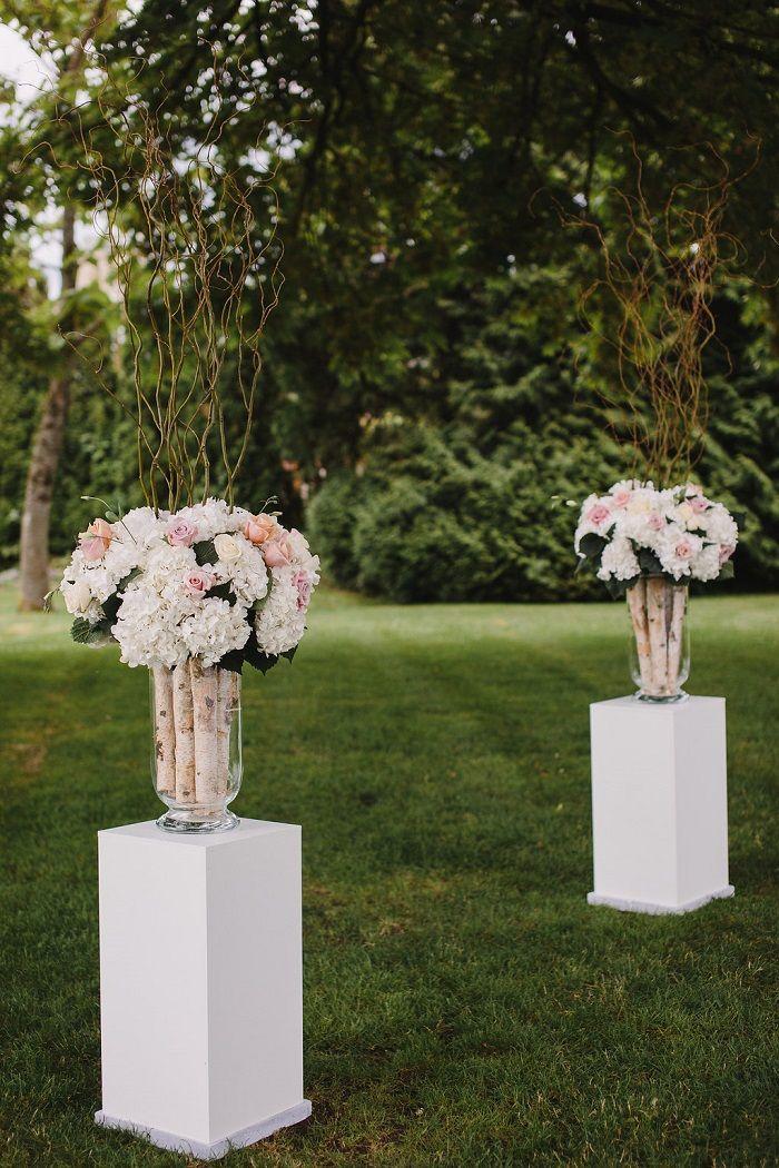 Garden wedding ceremony decoration   fabmood.com