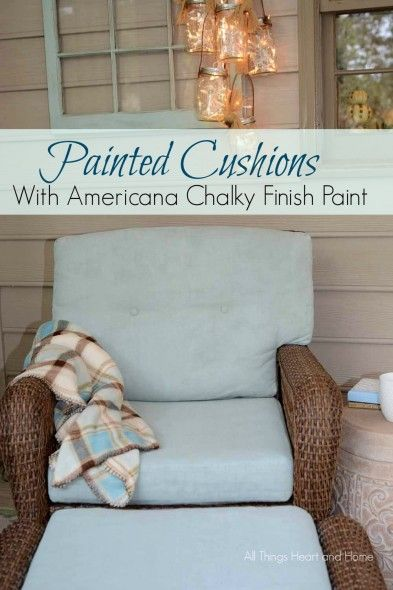 Painting Cushions with Chalky Finish Paint | Colores para y Color
