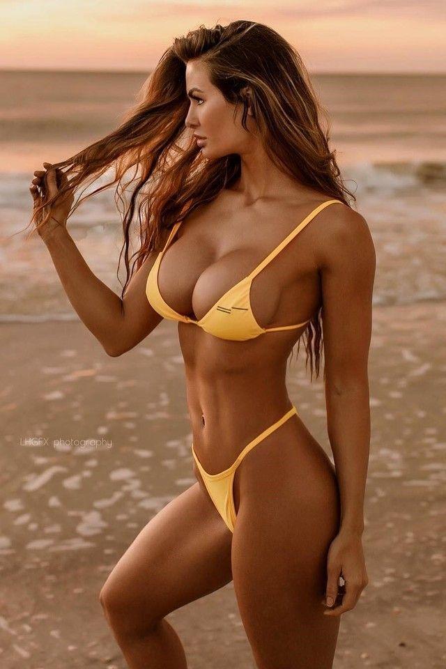 Pin von Horst Elster auf Hübsch | Schöne bikinis, Hübsche