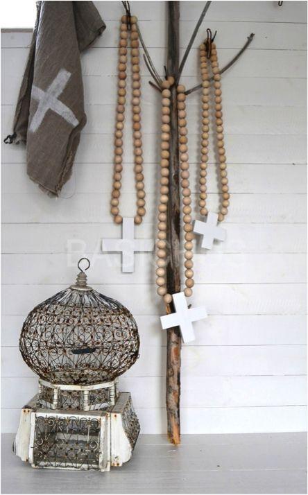 Interieur Decoratie Met De Houten Kralen Ketting Stijlvol Styling Woonblog Voel Je Thuis Houten Kralen Kettingen Decoraties Decoratie