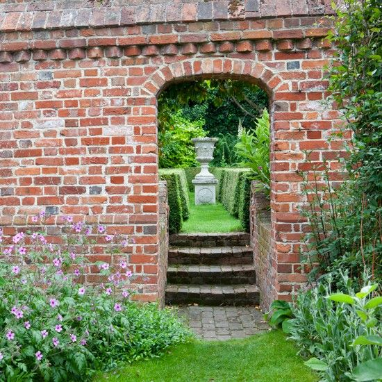 17 Best 1000 images about garden walls steps on Pinterest Gardens