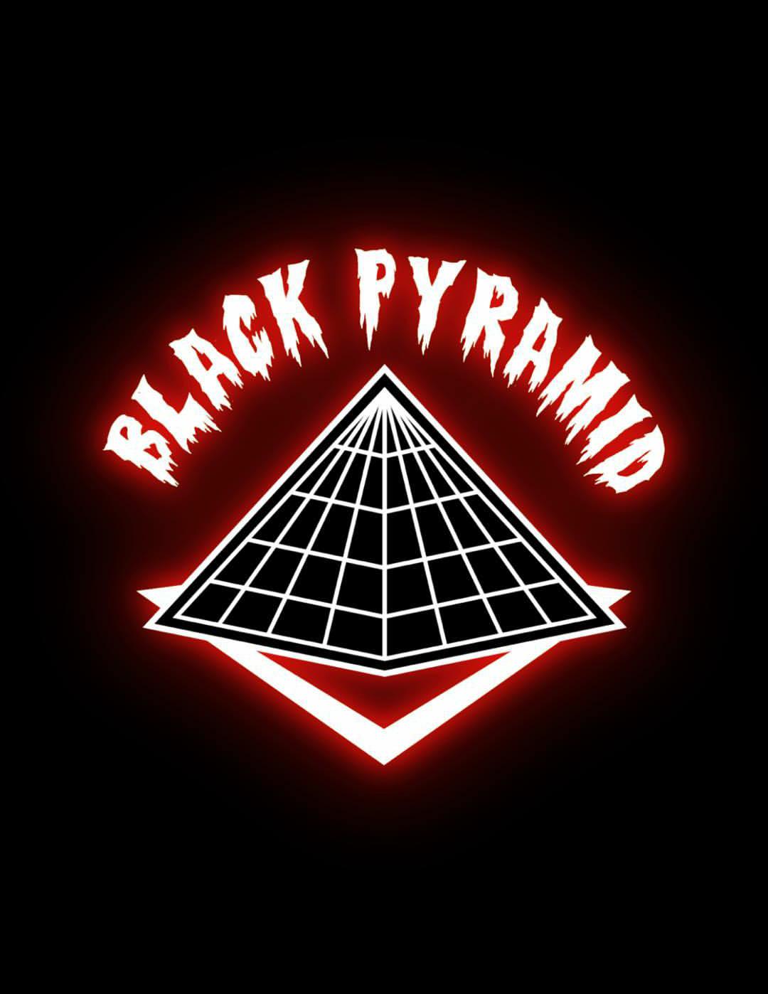 black pyramid wallpaper  Pin by Terrance Bernard on Terrance Bernard-Black Diamonds In Egypt ...