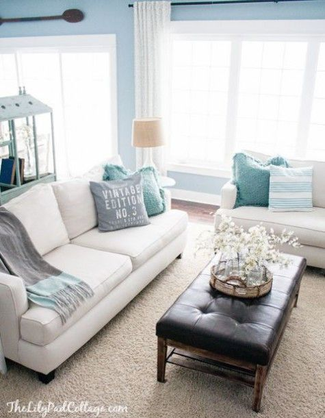 Beach and coastal living room decor ideas