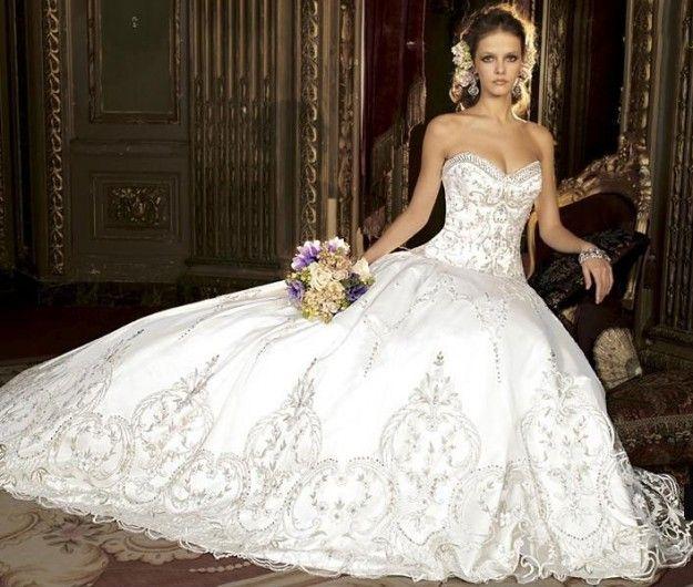 Da Sposa Ricamati su Pinterest  Abiti Da Sposa A Pieghe, Vestiti Da ...