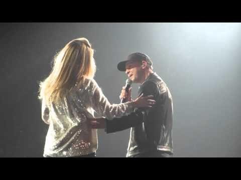 10.11.15 Gavin DeGraw final appearance on tour with Shania Twain