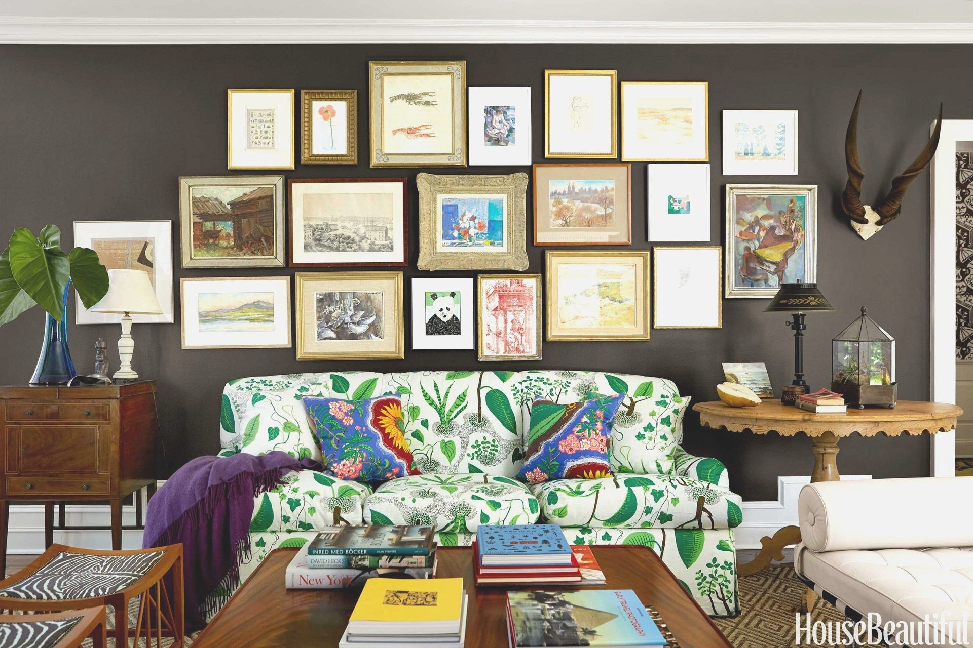 Paint Ideas For Living Room Feature Wall With No Fireplace Accent Asian Design Creative Painting