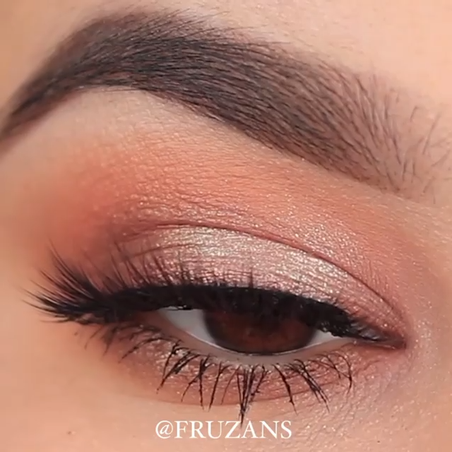 SPARKLY EVERY DAY EYE MAKEUP