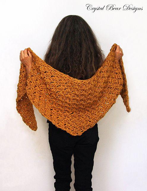Chunky Baktus Shawl pattern by Bernadette Prokopetz