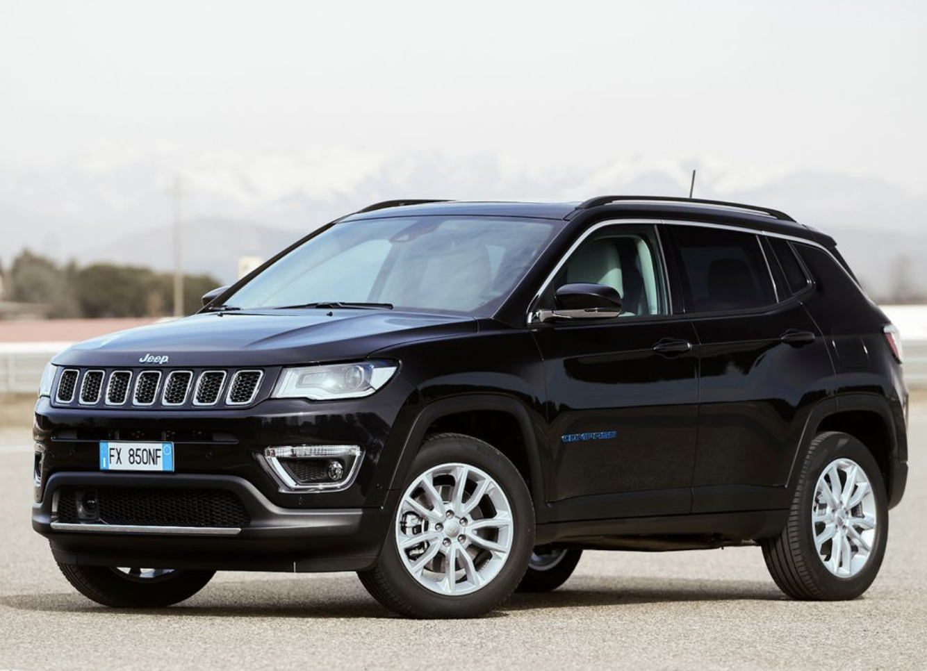 2021 Jeep Compass 4xe European Model In 2020 Jeep Wrangler