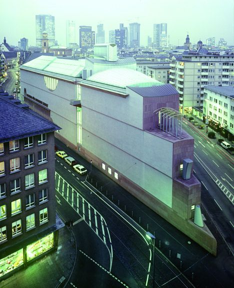 Hans Hollein: a life in projects - Museum für Moderne Kunst, Frankfurt, Germany, 1982–199. Photograph by R. Örlimans.