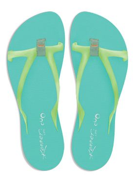 e05357e6f A marca Kenner acaba de lançar sua coleção 2012 de sandálias femininas ,  reconhecida pela qualidade