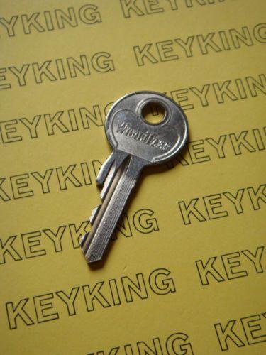An Original Wurlitzer Key To Open The Main Cabinet Of Wurlitzer 1015 Model Jukeboxes Same Key Works All 1015 Models With Origina Master Key Key Gumball Machine