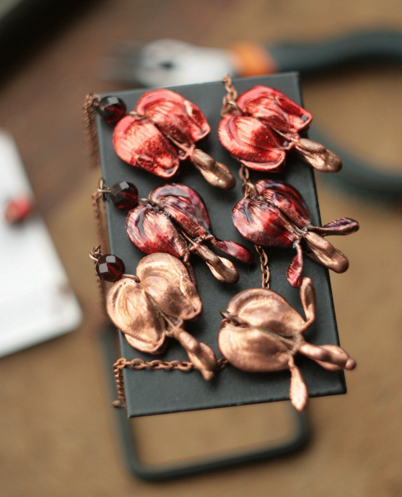 Bleeding Heart Metal Pendant Real Plant Copper Electroformed Floral Necklace Of Lamprocapnos