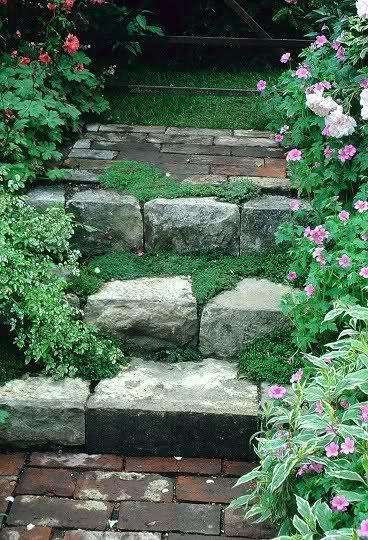 Taludes desniveles y escaleras en el jard n fotos - Escaleras de jardin ...