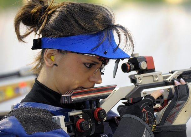 Daniela Demjén-Pešková, GRANADA 2014.  Druzstvo skeetarok strieborne, Bartekova bronzova!