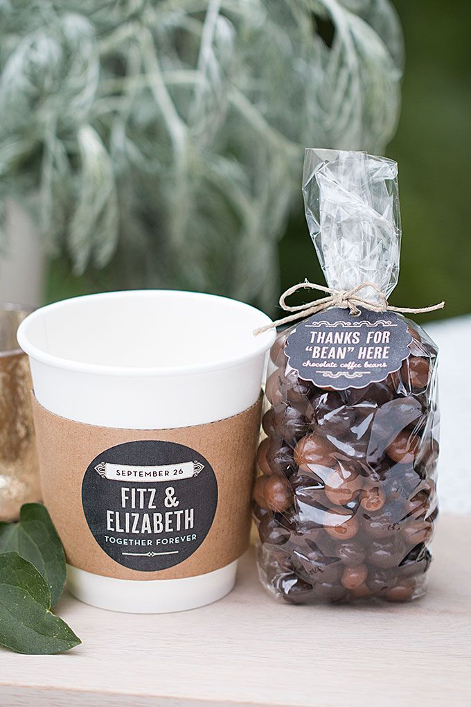 Today We Re Putting Together A Wedding Favor Idea Think Your Guests Will Really Enjoy Especially The Coffee Ve Gathered Chocolate Covered C